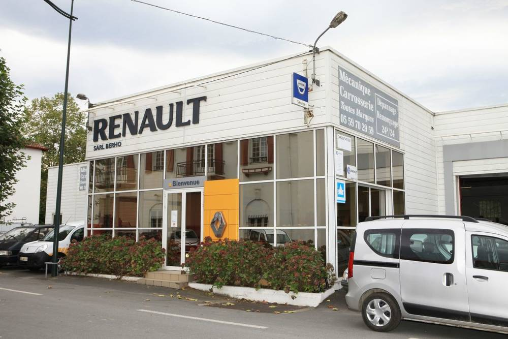 garage berho renault dacia concessionnaires auto hasparren pays basque au coeur. Black Bedroom Furniture Sets. Home Design Ideas